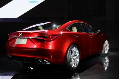 Задняя часть Mazda 6