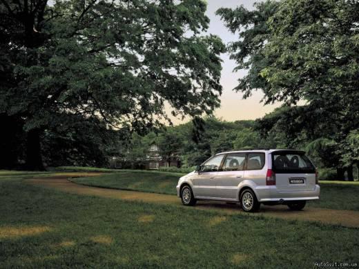 Mitsubishi Space Wagon 2.0 TD GLX