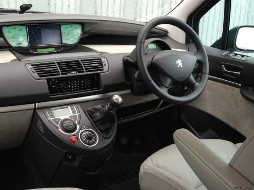 Peugeot 807 2.2 16V