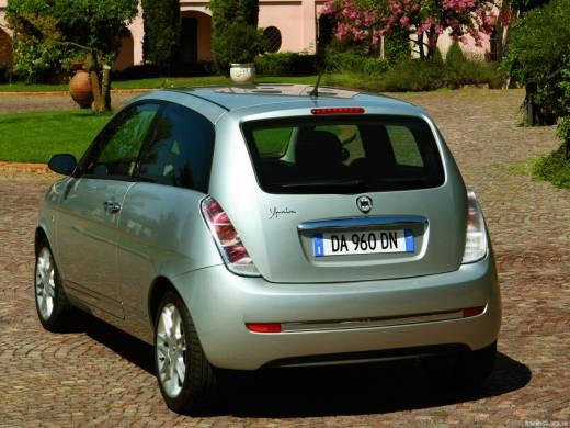 Lancia Y 1.2 i 16V
