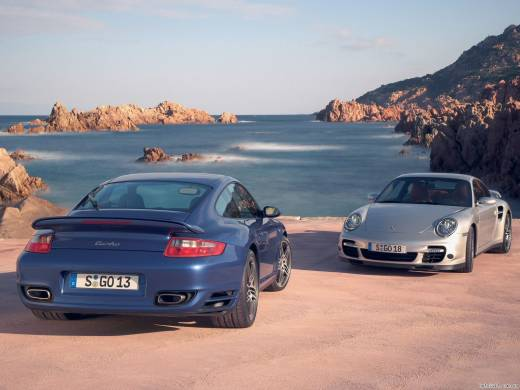 Porsche 911 3.8 Carrera 4