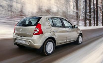 Продажи Renault Sandero достигли стотысячной отметки