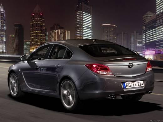 Opel Insignia 2.8 V6 Turbo  4